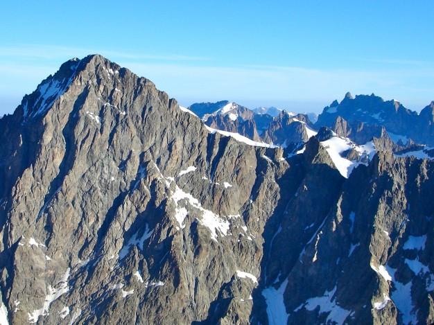 Barre des Ecrins (4102 m), vue du Pelvoux. Alpinisme dans le massif des Ecrins, Briançonnais, Hautes Alpes.