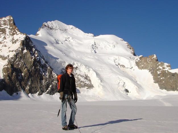 . Randonnée glaciaire dans le massif des Ecrins, Briançonnais, Hautes Alpes.