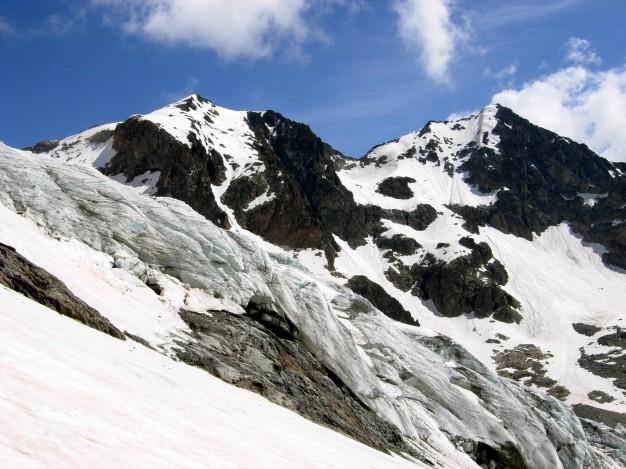Pic du Glacier d'Arsine (3364 m) et Pointe Cézanne (3365 m) depuis le Glacier Blanc. Alpinisme, massif des Ecrins, Briançonnais, Hautes Alpes.