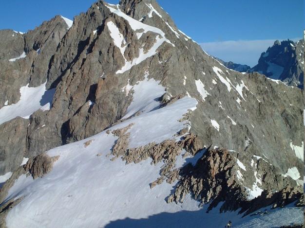 Pic du Glacier Blanc et Neige Cordier, vus depuis le Pic du Glacier d'Arsine. Alpinisme, massif des Ecrins, Briançonnais, Hautes Alpes.