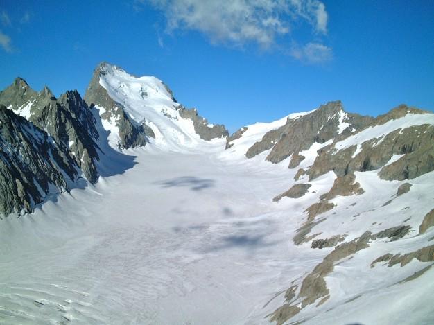 Cirque du Glacier Blanc depuis le Pic du Glacier d'Arsine (3364 m). Alpinisme, Massif des Ecrins, Briançonnais, Hautes Alpes.