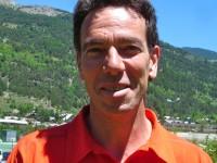 Pascal Saladini, accompagnateur en montagne, qualifié Canyon, au Bureau des Guides de Serre Chevalier.