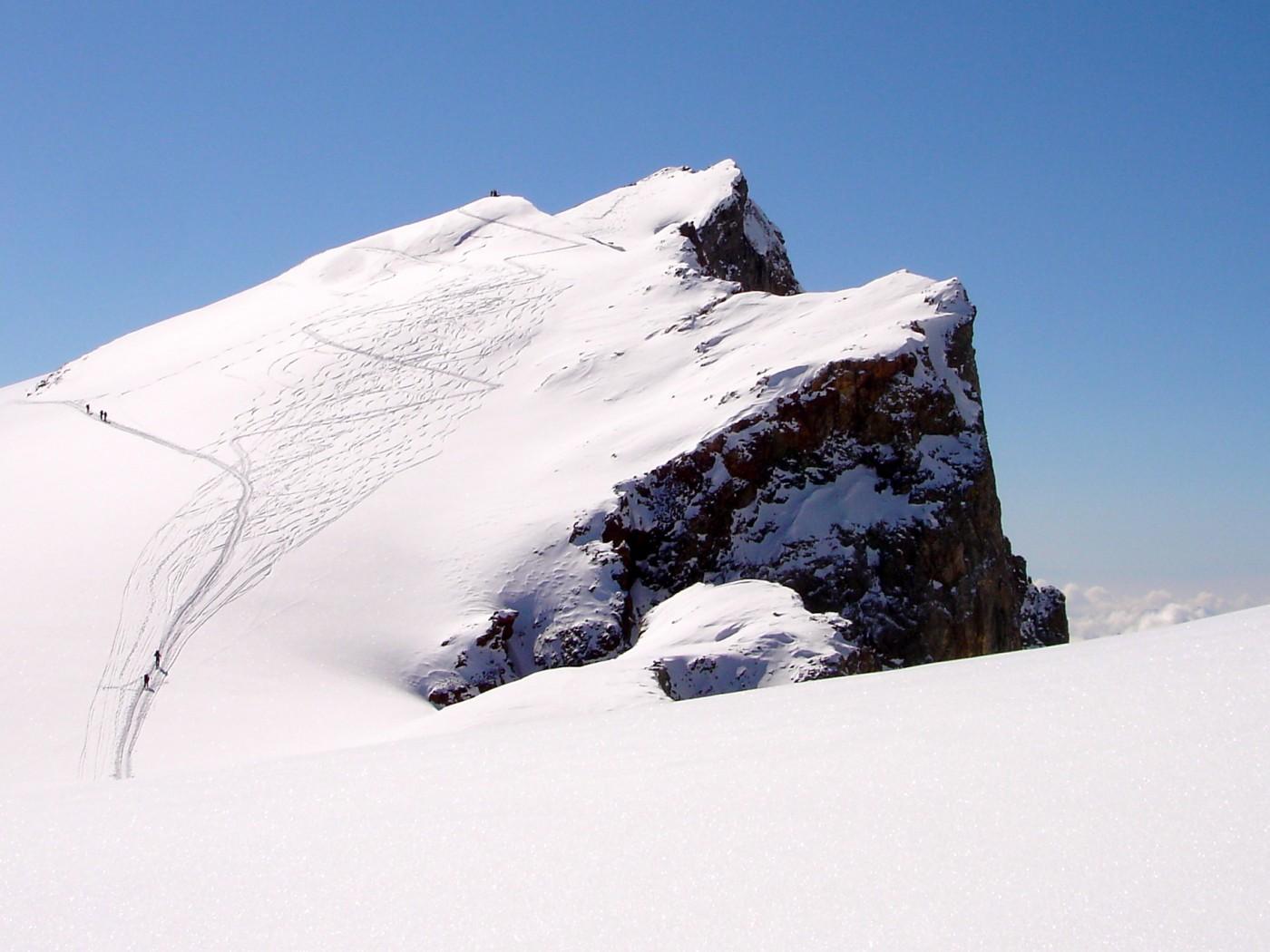 Ski de randonnée avec les guides de Serre Chevalier. Massif des Ecrins, Briançonnais.