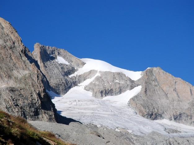 L'arête sud du Râteau Est et le glacier de la Selle, Massif des Ecrins, Oisans. Alpinisme avec les guides de Serre Chevalier.