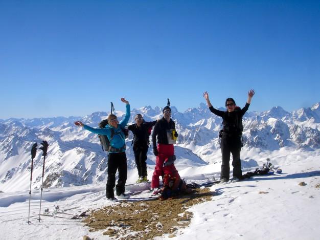 Au sommet du Mont Thabor en ski de randonnée avec les guides de Serre Chevalier.