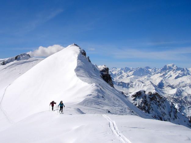 Les Rochers Charniers : ski de randonnée avec les guides de Serre Chevalier.