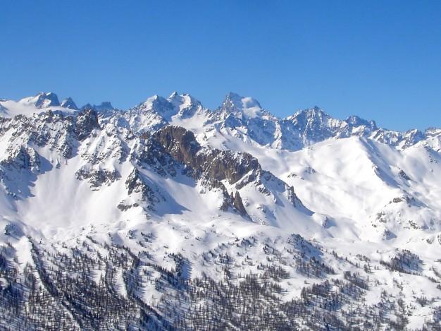 Ski de randonnée au Charoumu, vallée de la Clarée, avec les guides de Serre Chevalier.