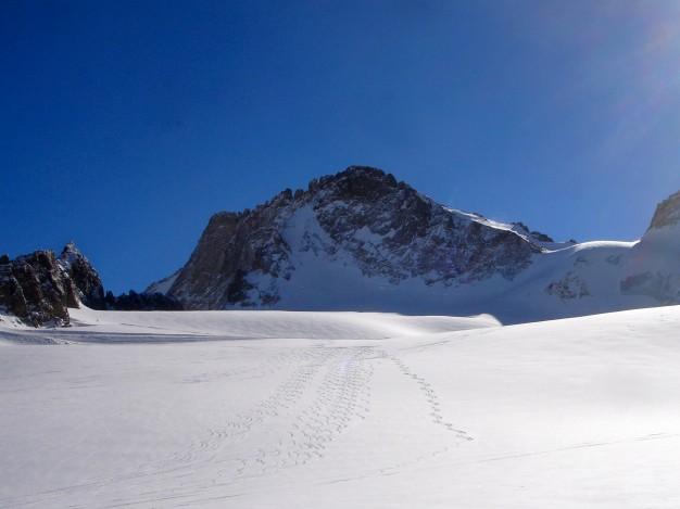 Sur le glacier de la Girose. Free ride avec les guides de Serre Chevalier.