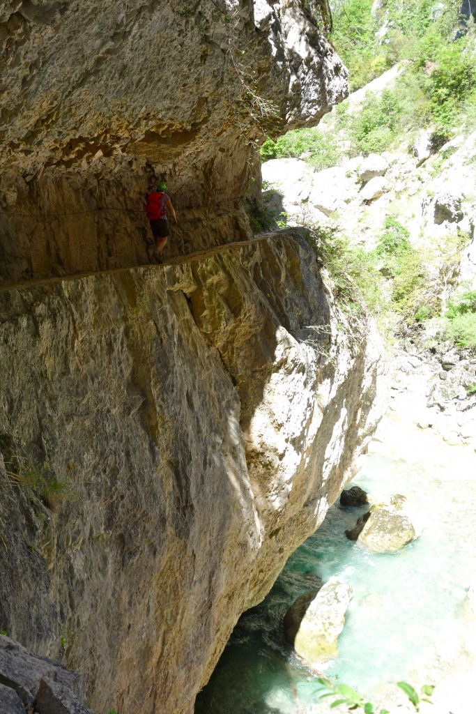 Un passage sur le sentier de l'Imbut, Gorges du Verdon