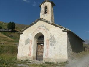 La Chapelle de La Chau à 1910 m dans la Haute Vallée de la Cerveyrette