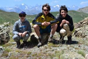 Simon Noé et Luc en pose sur l'Arête Ouest du Mont Chenaillet