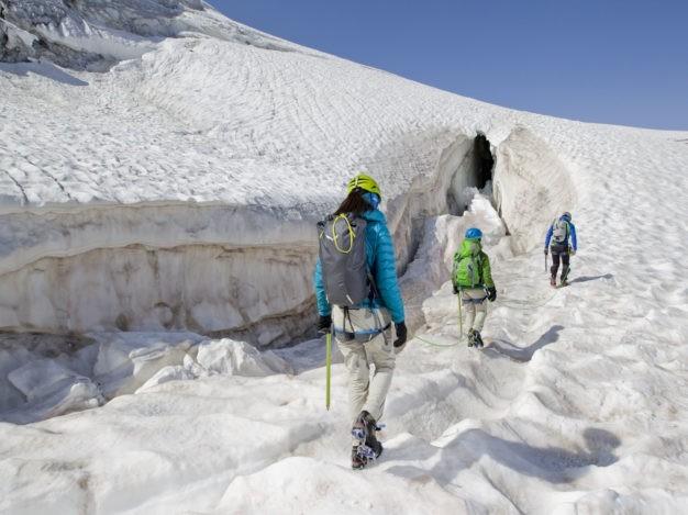 Randonnée glaciaire avec le bureau des Guides de Serre Chevalier, massif des Écrins